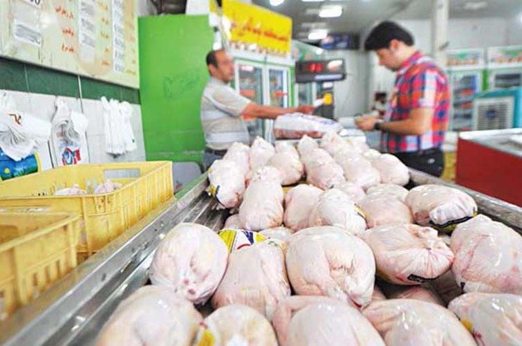 مردم گیلان نباید نگران تأمین مرغ باشند/ ذخیرهسازی کافی اقلام مصرفی انجام شده است