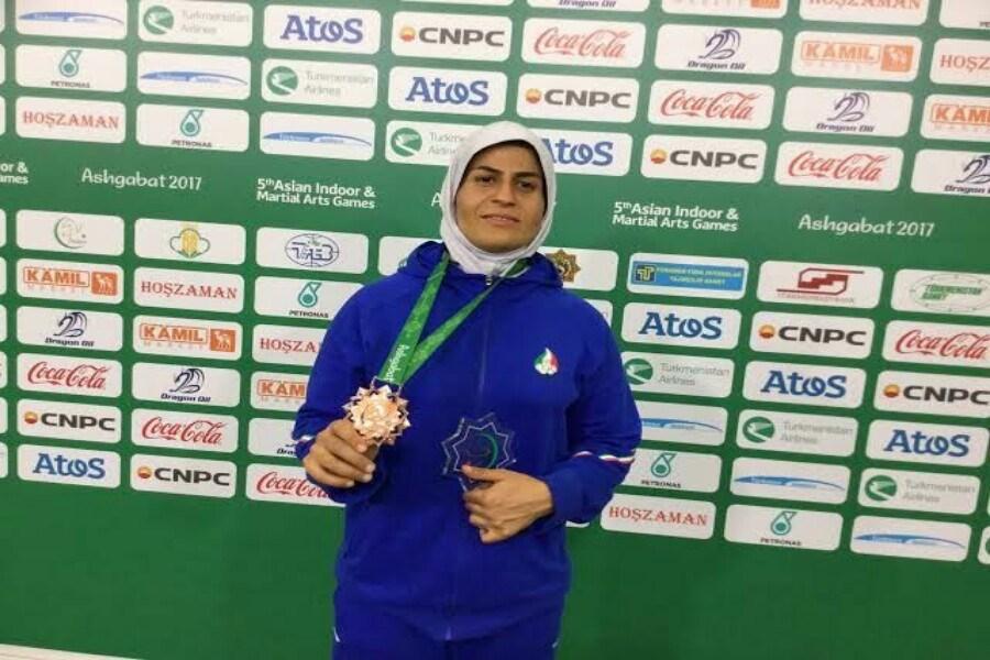 بانوی ورزشکار خمین به اردوی تیم ملی کشتی آلیش دعوت شد