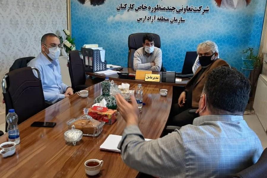 تصویر تفاهم نامه بین شرکت بیمه حافظ و تعاونی منطقه آزاد ارس امضا شد