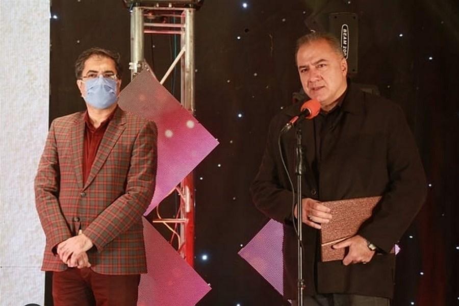 تصویر اختتامیه چهارمین جشنواره چتر زندگی در یزد