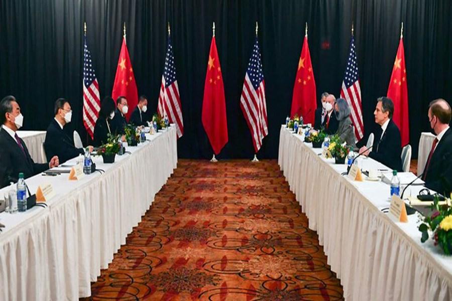 تصویر مشاجره علنی مقامهای آمریکایی و چینی در اولین دیدار رسمی