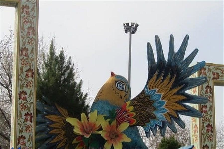 نصب المان های نوروزی در همدان