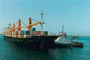 تصویر  پهلو گرفتن کشتی حامل ۶۵ هزار تن کالای اساسی در بندر چابهار