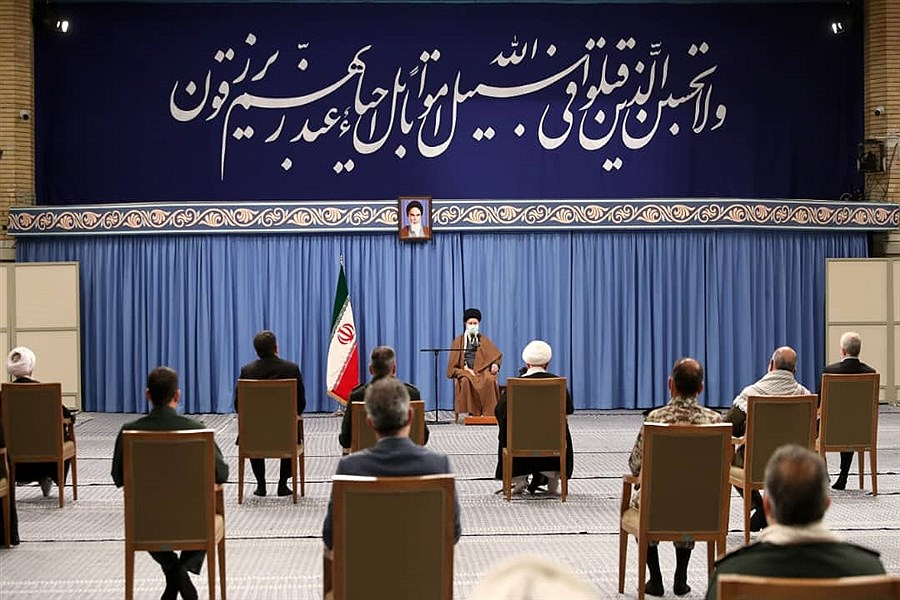 دیدار دست اندرکاران کنگره چهارهزار شهید استان یزد با رهبر معظم انقلاب