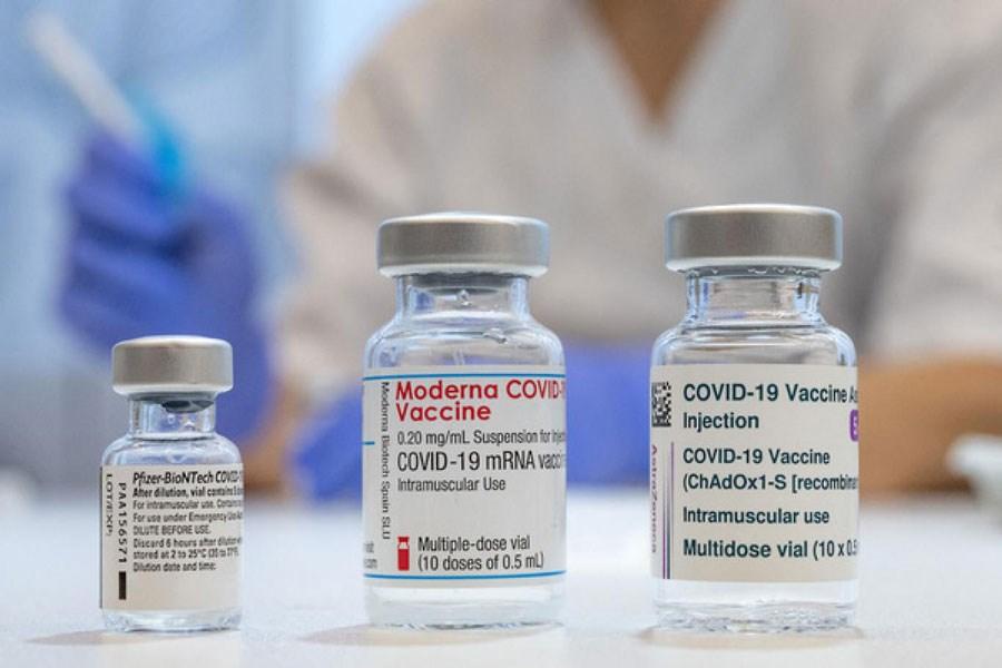 فرمول واکسنهای فایزر و مدرنا در دسترس همه قرار گرفت