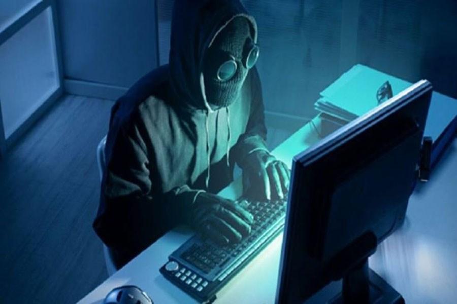 اتفاقی عجیب در سیستم بانکی کشور / اطلاعات هویتی ۳۰ میلیون مشتری لو رفت!