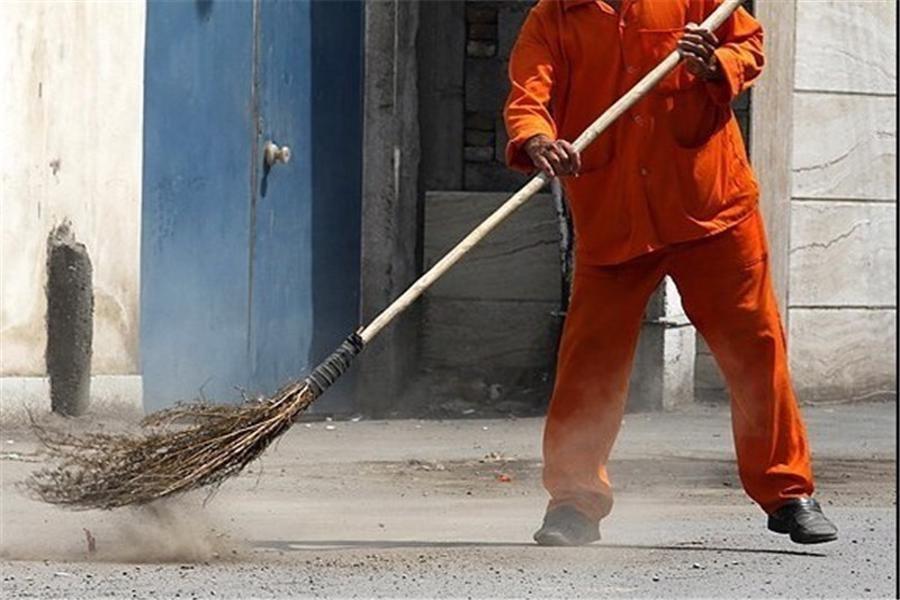 کارگران شهرداری منجیل سال نو را بدون دریافت حقوق سپری کردند