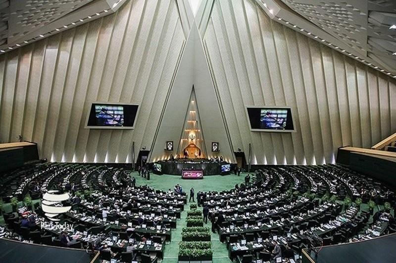 بررسی سند همکاری ایران و چین به درخواست نمایندگان