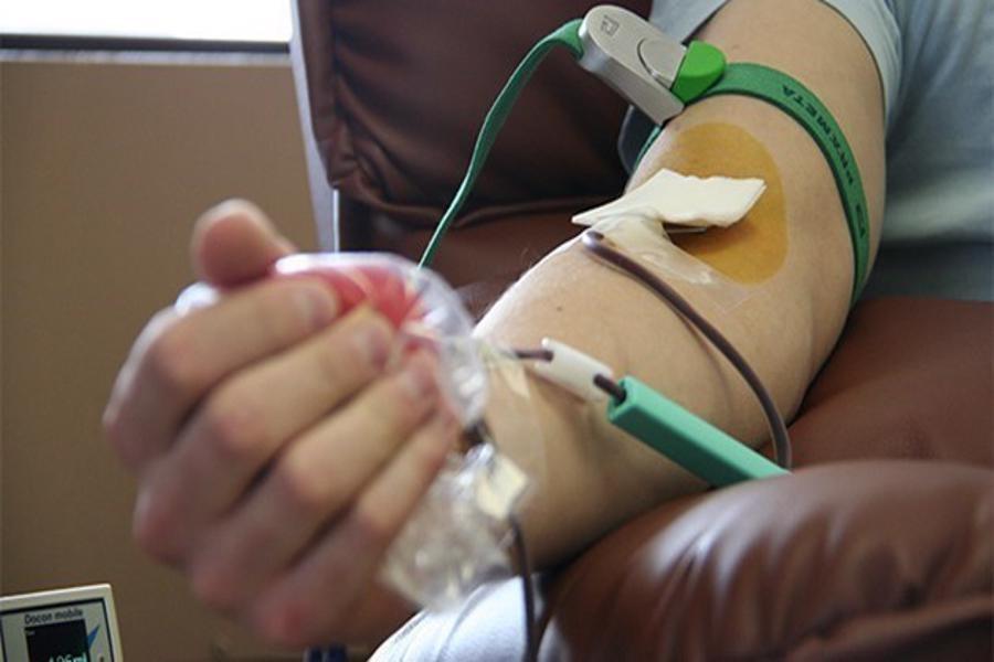 کاهش شدید ذخایر همه گروه های خونی در گیلان و درخواست از شهروندان