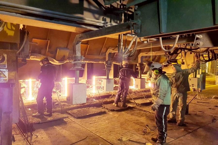 تصویر ثبت رکوردی کم نظیر برای فولاد خراسان در سیزده به در