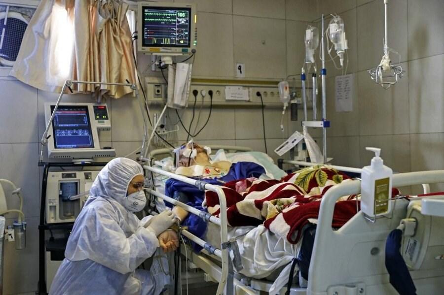 تصویر شیب تند افزایش بیماران کرونا در بیمارستانها / توقف اعمال جراحی غیراورژانس تا اطلاع ثانوی