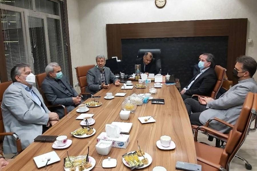 سرعت عمل در انجام امور از اولویت های سال ۱۴۰۰ کارکنان بانک ملی ایران