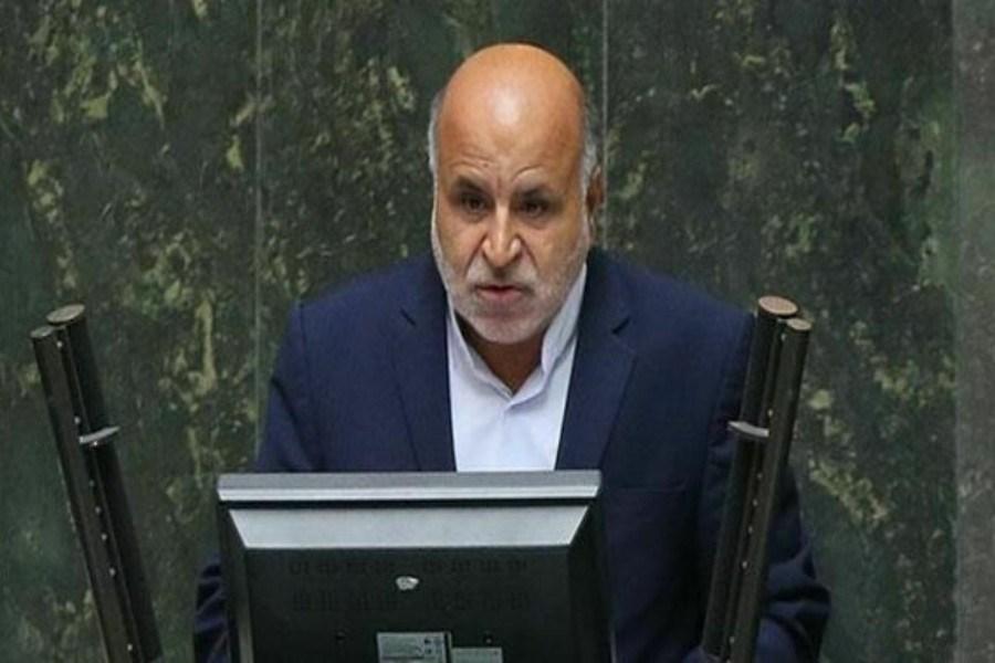 تصویر رفتار نمایندگان مجلس در چهار چوب قوانین باشد