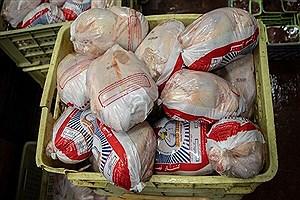 تصویر  توقیف کامیون حامل ۴ تن مرغ غیرمجاز