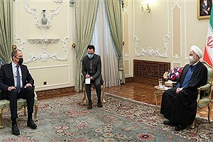تصویر  هشدار روحانی به باز شدن پای رژیم صهیونیستی به خلیج فارس