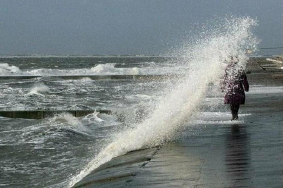 اختلال در فعالیتهای دریایی به دلیل تلاطم امواج خلیج فارس