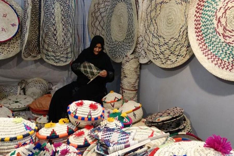 بیش از ۱۰۰ میلیارد ریال تسهیلات رونق صنایع دستی به صنعتگران استان پرداخت شد