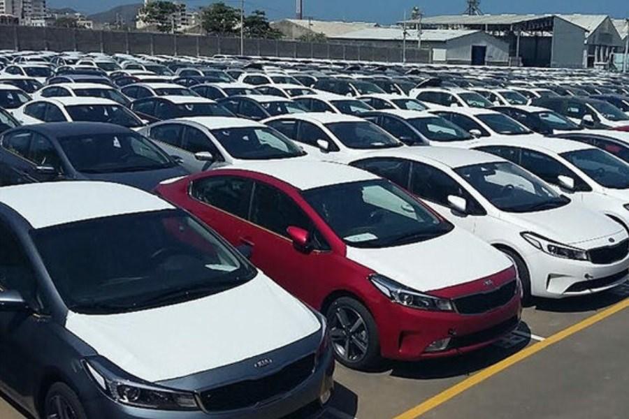پیشنهاد سازمان اموال تملیکی برای واگذاری ۱۵۰۰ خودرو به مناطق آزاد
