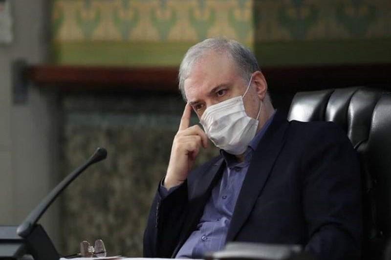 نمکی لبه تیغ / اجماع بهارستانی ها برای استیضاح وزیر بهداشت