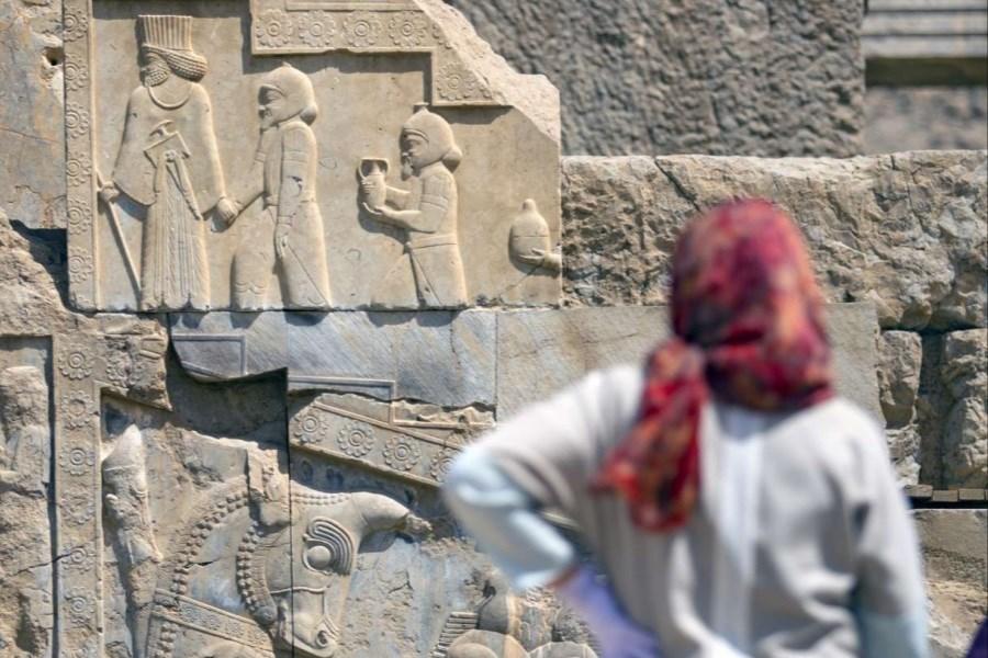 زنان، تخت جمشید را ساختند/ تصویر مهر سلطنتی مادر و همسر داریوش اول