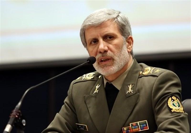 تصویر رزمندگان ارتش و سپاه  تا پیروزی دست از مبارزه بر نخواهند داشت