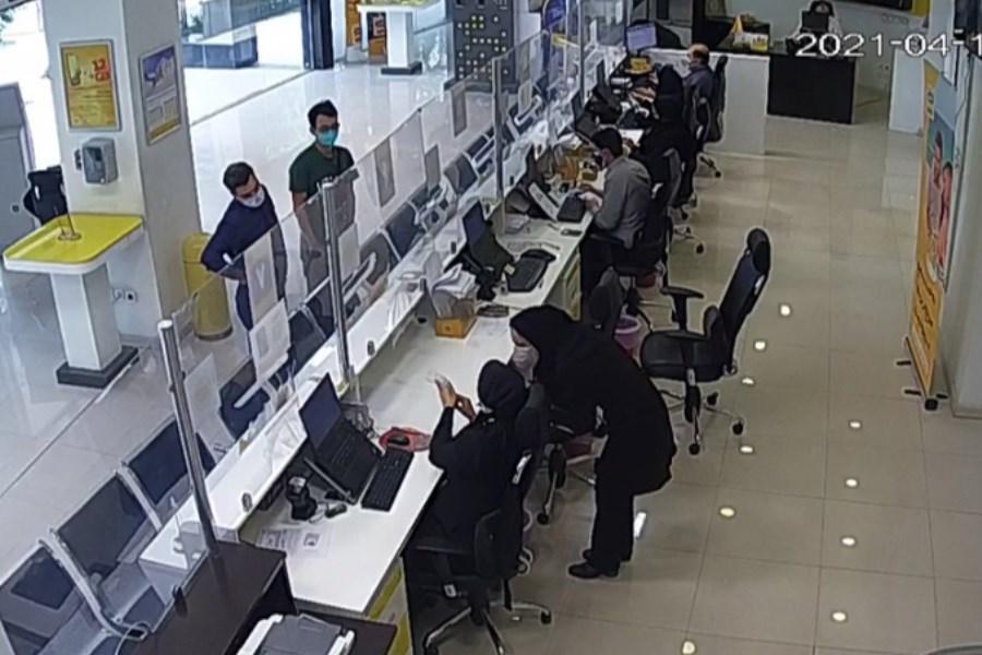 ماجرای شایعۀ استخدام چینیها در فروشگاه ایرانسل
