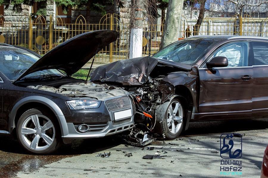 هنگام تصادف باید چه کاری انجام داد؟