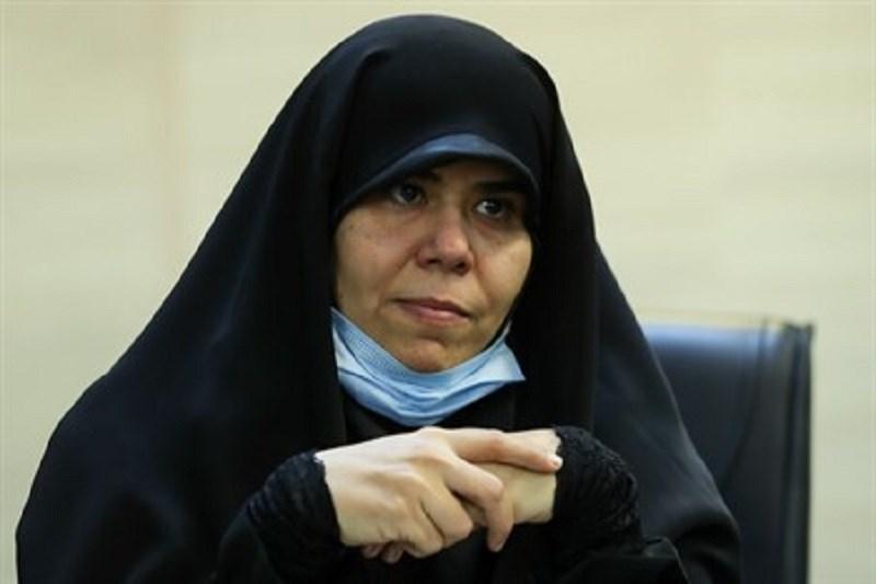 چشم بسته دولت مقابل فرهتگیان/ تامین معیشت معلمان وظیفه دولت است