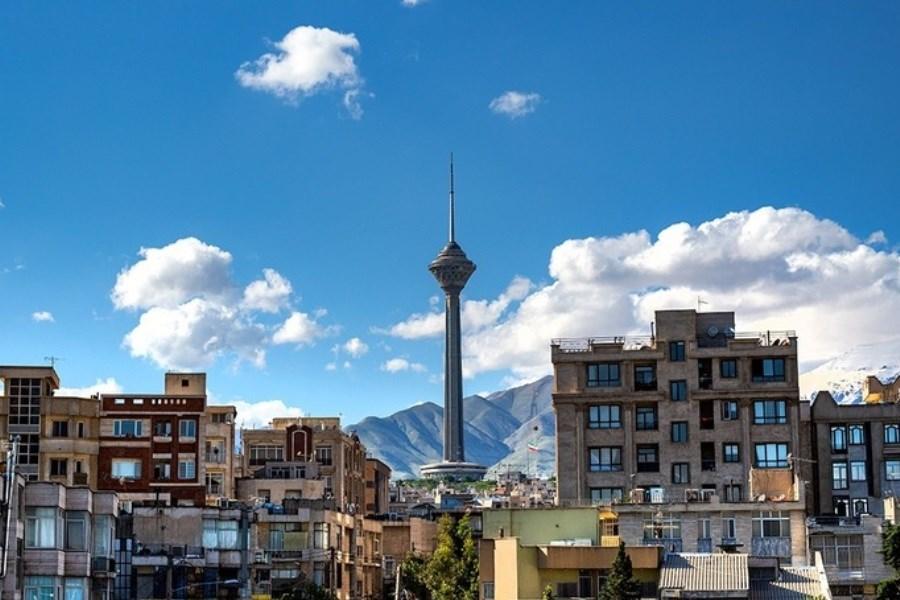 تصویر امروز آسمان تهران آبی است