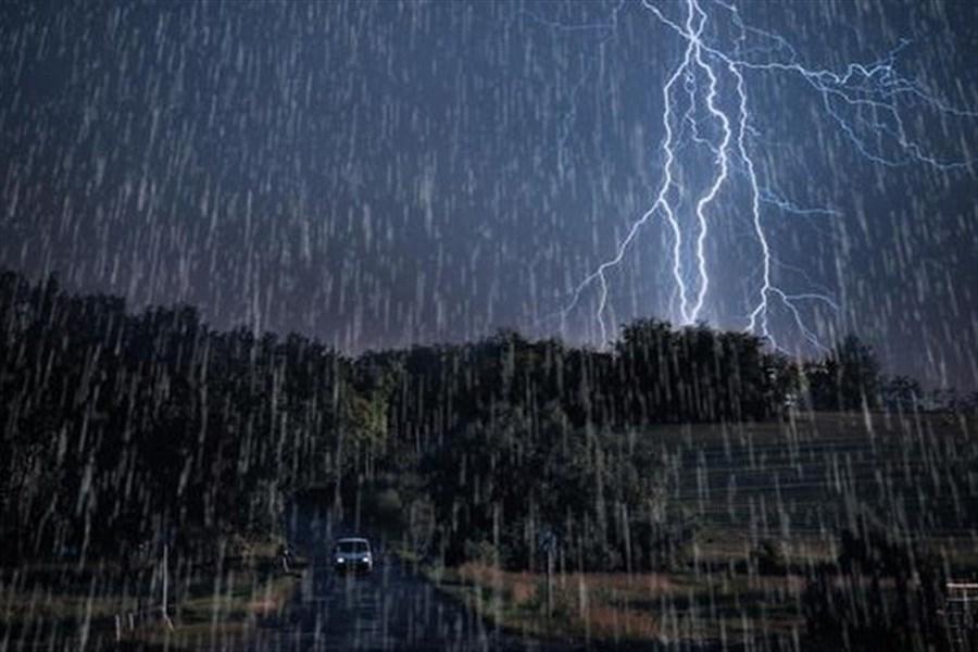 تشدید بارش در ۸ استان ایران / پیش بینی آبگرفتگی معابر