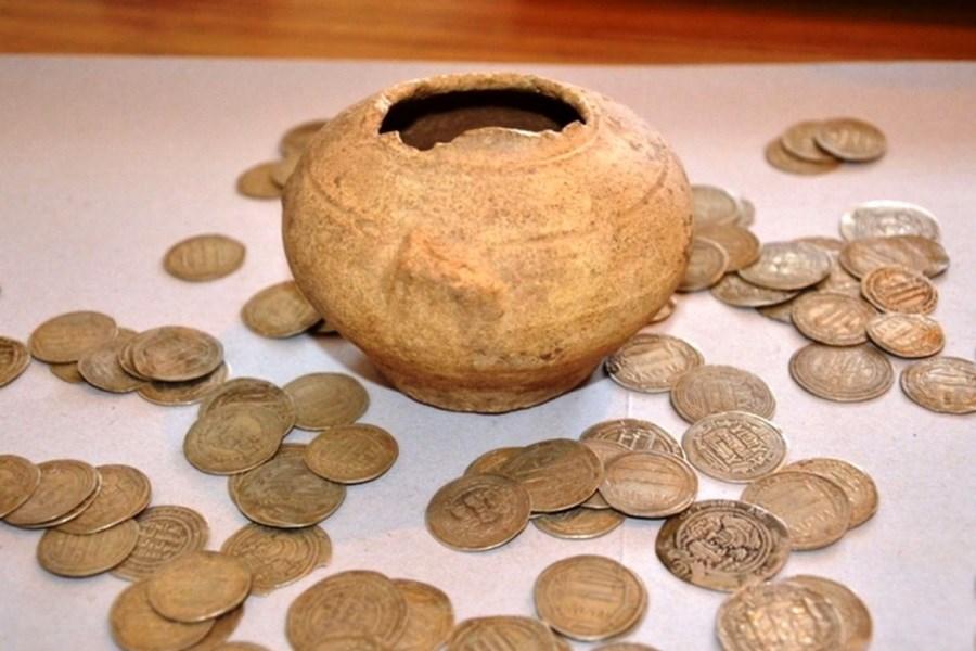 ۲۵ سکه تاریخی مرمت شد