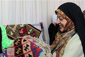 تصویر  سهم زنان در تولید صنایعدستی از زبان معاون رئیس جمهور / زن برتر ایران کیست؟