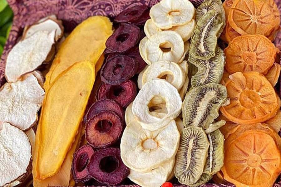 مضرات استفاده از میوههای خشک شده