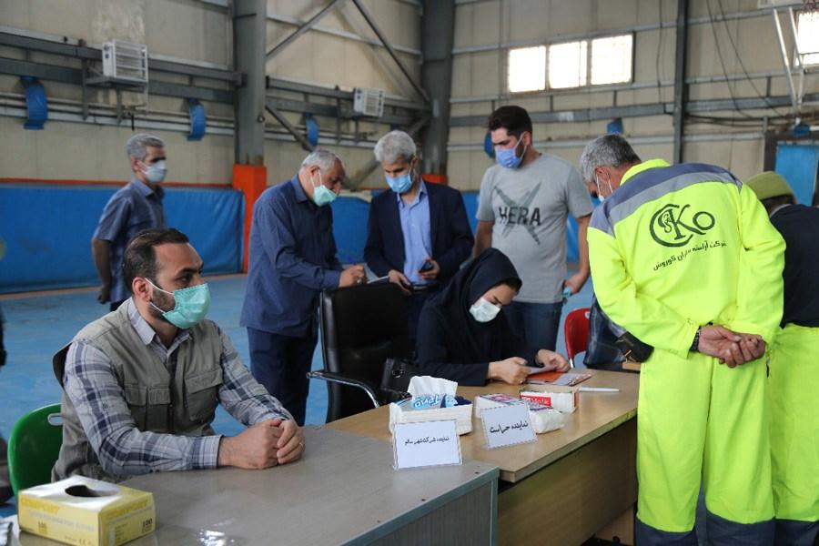 تصویر واکسیناسیون پاکبانها در منطقه 12 پایتخت آغاز شد