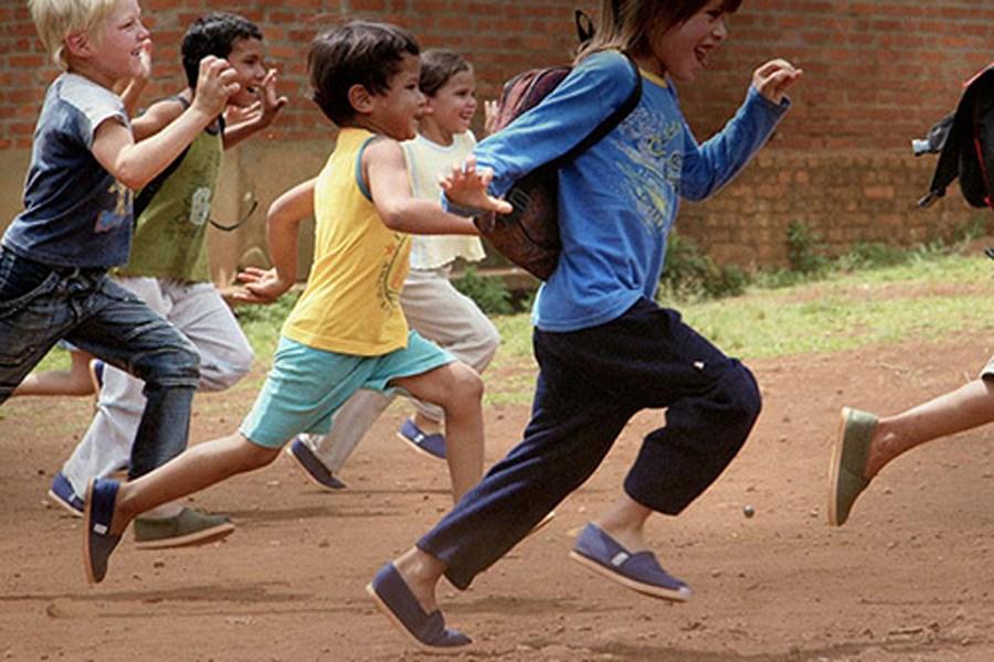 تصویر روز جهانی بدون کفش چه روزی است؟