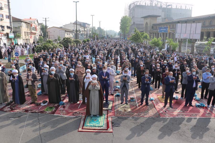 مؤمنان گیلان نماز عید سعید فطر را اقامه کردند