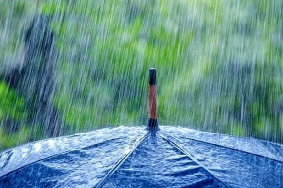 بارش باران و وزش بادهای شدید در تهران و ۲۸ استان