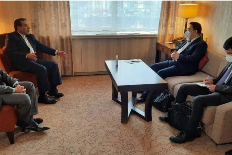 تصویر رایزنی مذاکرهکننده چین با سید عباس عراقچی