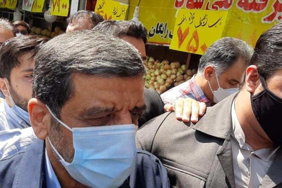 ورود پرحاشیه عزت الله ضرغامی به ستاد انتخابات کشور+ فیلم