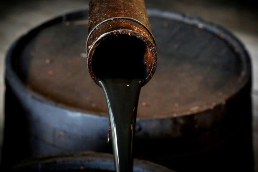 نفت برنت 3.2 دلار سقوط کرد