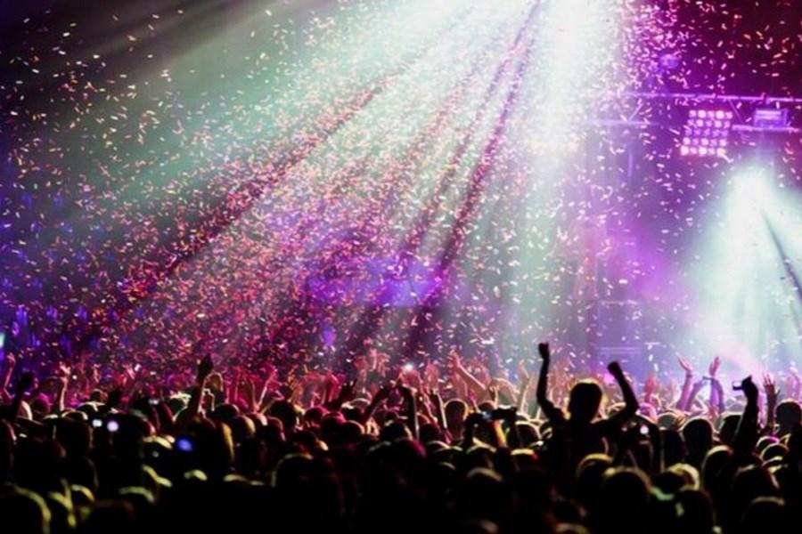 بلیت ۳۶۰ هزارتومانی کنسرت کیش در زمان کرونا!
