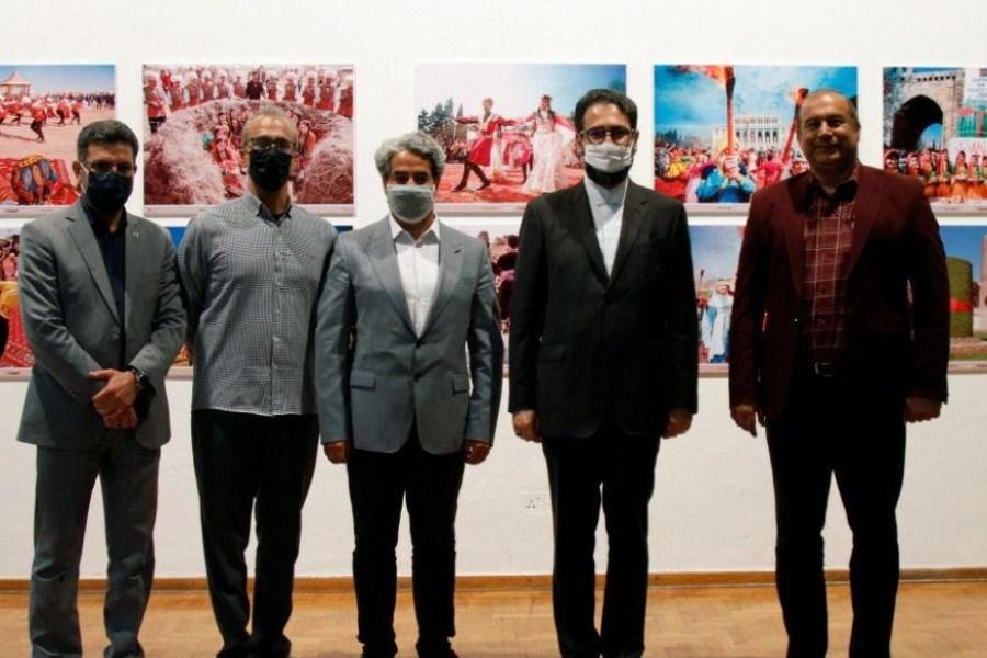بازدید معاون امور هنری وزارت ارشاد از ۳ نمایشگاه