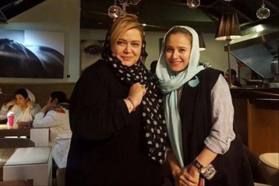 الناز حبیبی در کافه بهاره رهنما!