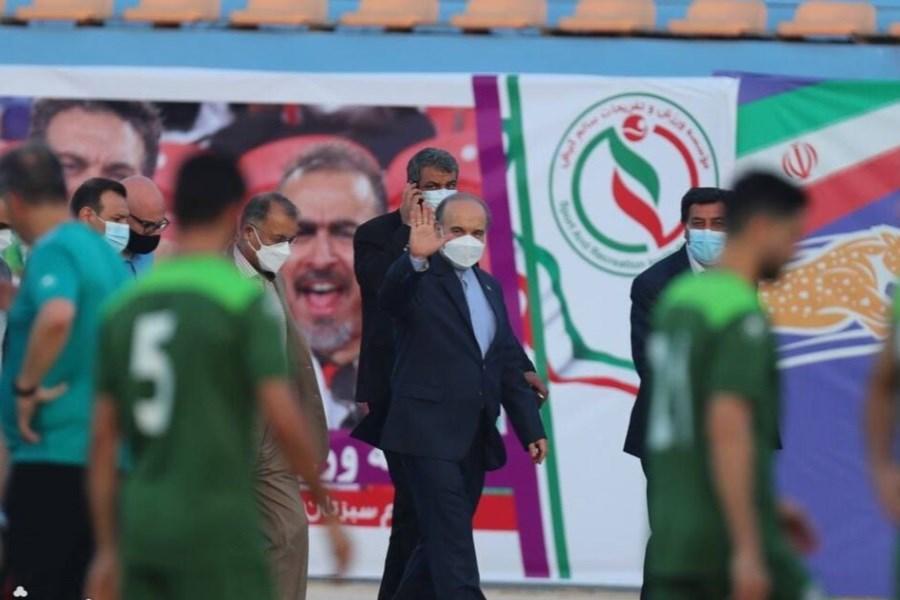 حضور وزیر ورزش در اردوی ملی با ارزش است