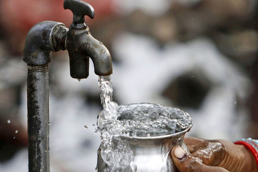 تصویر مصرف آب در استان مرکزی چهار و ۶ دهم درصد افزایش یافت
