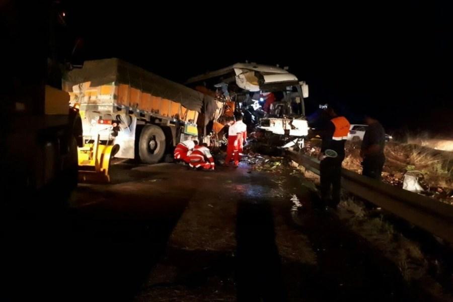 یک کشته و ۲۹ مصدوم در حادثه تصادف اتوبوس در جاده کوثر-سرچم اردبیل