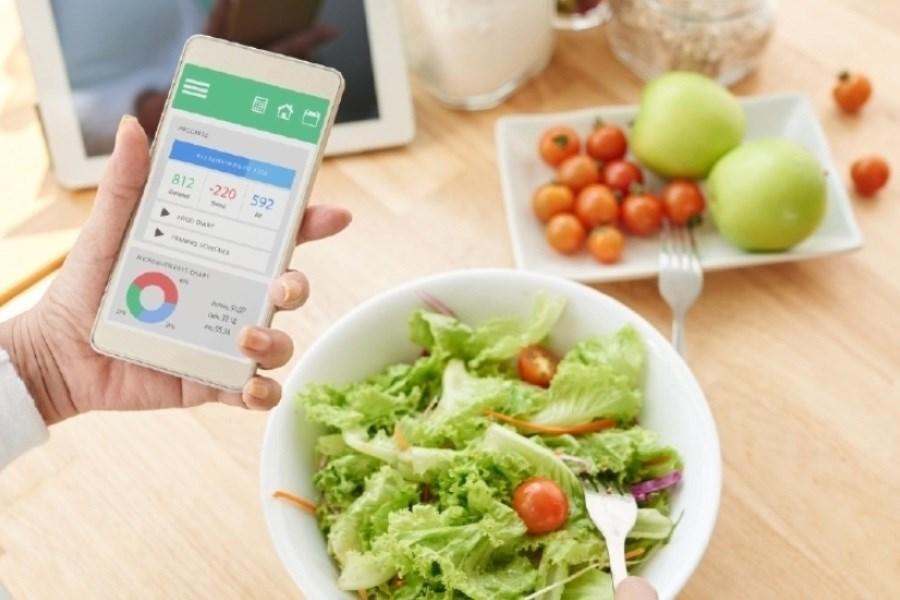 تاثیر تلفن هوشمند روی رژیم غذایی نوجوانان