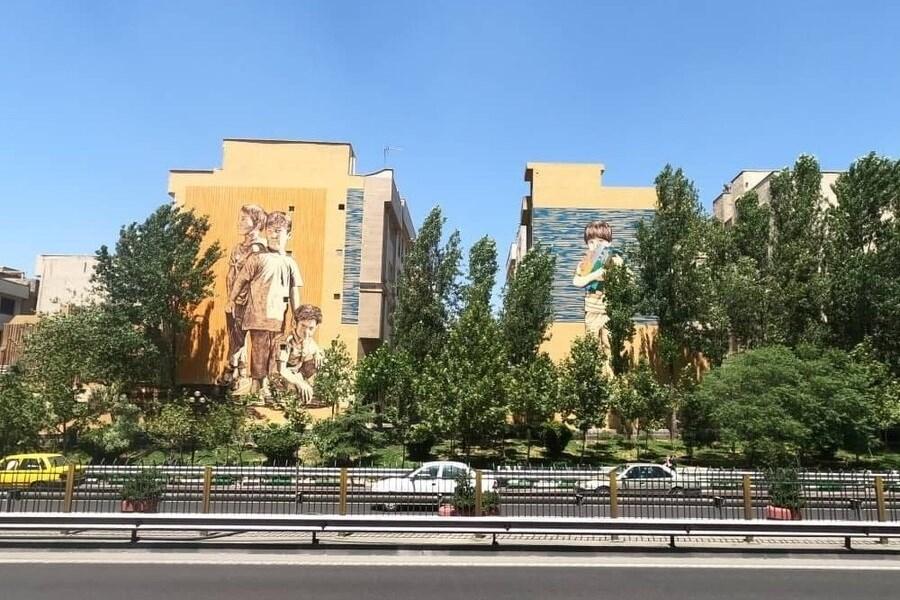 تصویر ترمیم بیش از ۱۰۰ نقاشی دیواری در سال جاری
