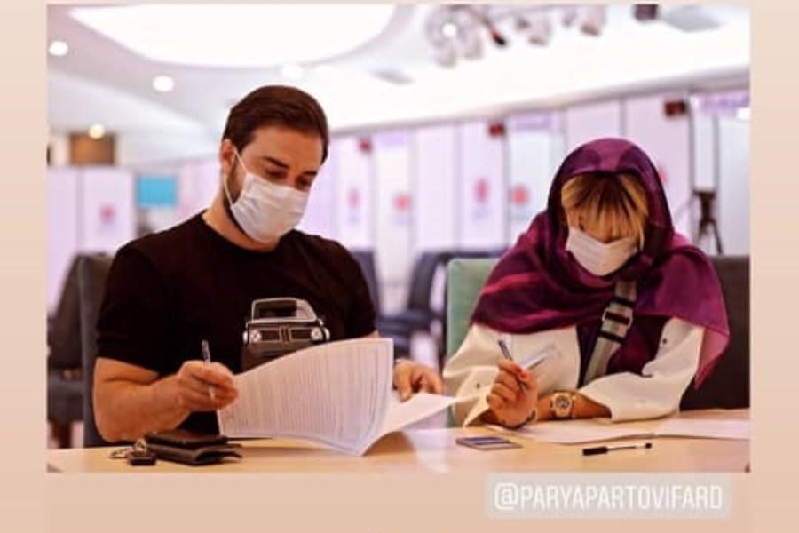 تصویر بابک جهانبخش و همسرش واکسن ایرانی زدند