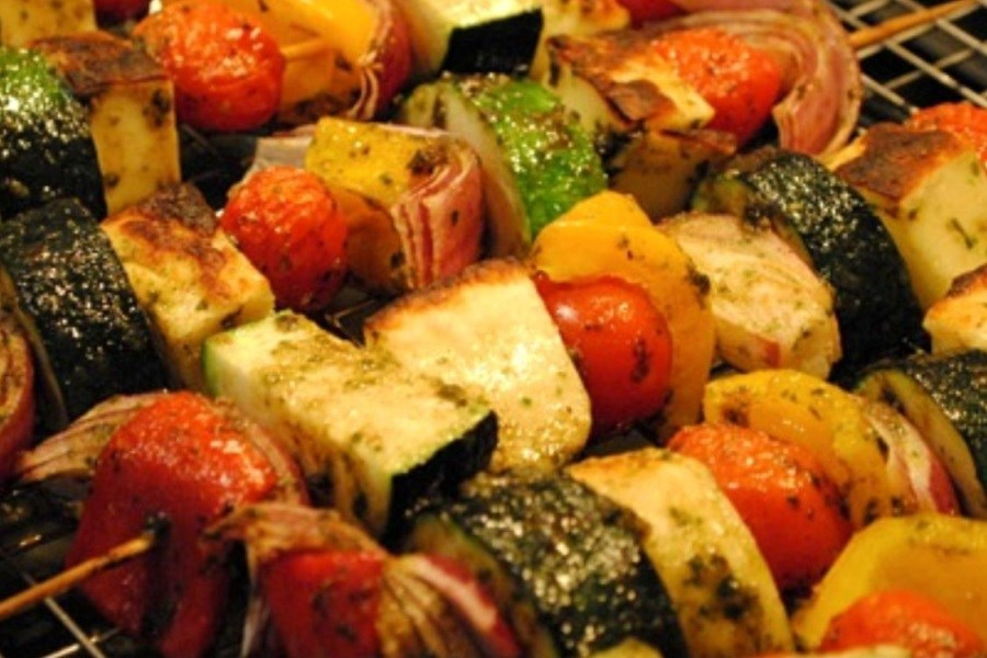 کباب سبزیجات یونانی ویژه گیاهخواران